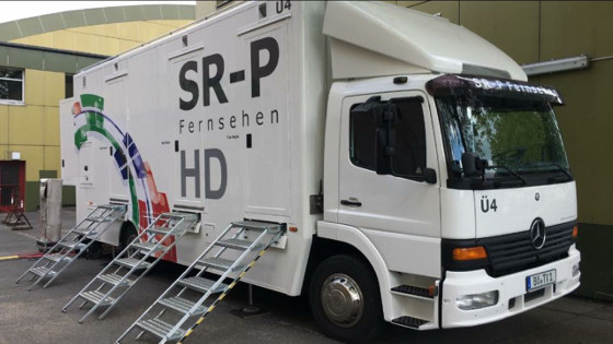 Buchen Sie unseren neuen HD Fernsehübertragungswagen Ü4